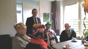 Burgemeester bezoekt huiskamer Lohengrin_01