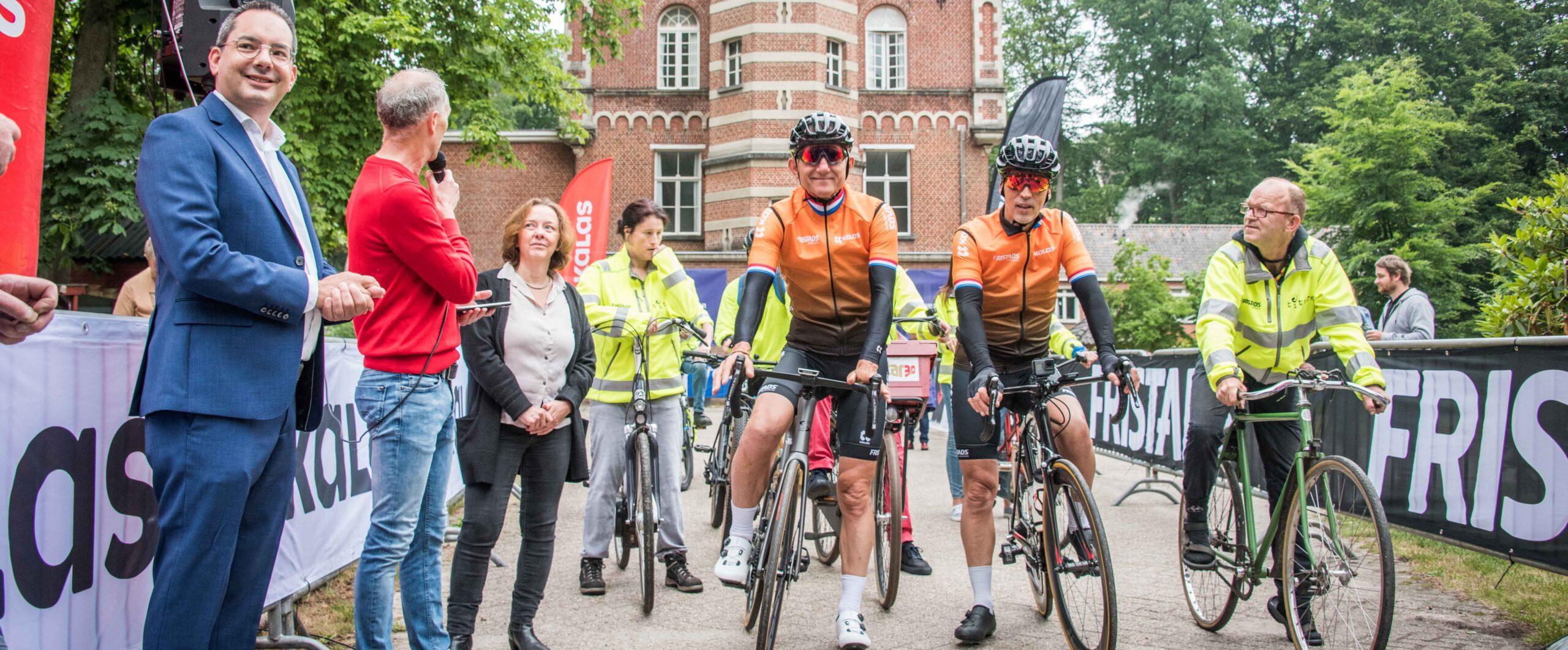 """van der Poel-Poulidor challenge uitreiking: """"mooie bijeenkomst, geweldige prestatie, fantastisch resultaat""""."""
